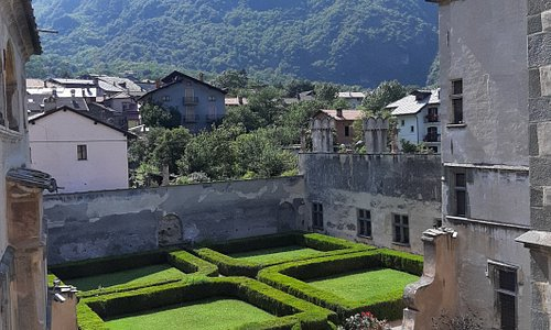 il giardino all'italiana e lo splendido panorama