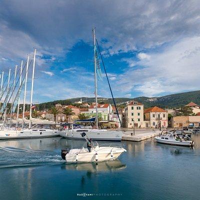 Jelsa Harbour, Photo by Nikola Radovani
