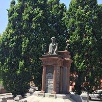 Monument de Jules Guesde