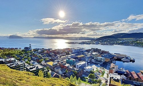 Beatiful view over Hammerfest from our viewpoint
