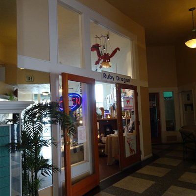Located inside the small indoor Mall by Sabetta's Pizza