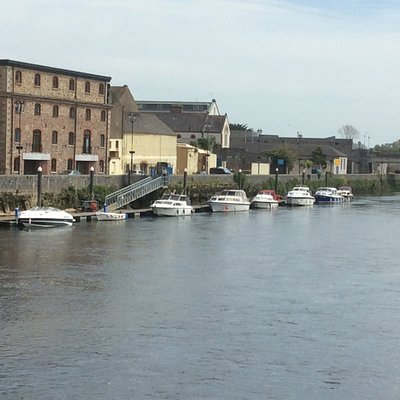 View of Quays from Old Bridge