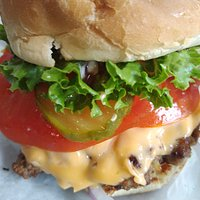 Cheeseburger Deluxe yum!