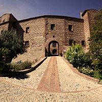 Le château de Corneilla del Vercol, bâti au XIII ème siècle par les Templiers