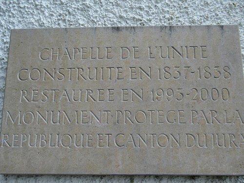 Chapelle de l'Unité à Develier-Dessus (plaque commémorative)