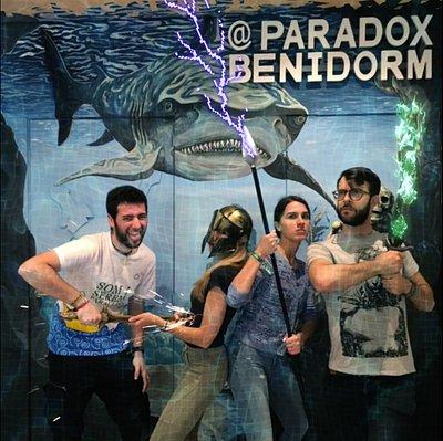 ¿Formarías parte de una aventura mitológica? Nuestro juego escape room Benidorm está ambientado en el mundo subacuático y Antigua Grecia y es apto para la diversión de todo tipo de jugadores, grupos de amigos y familias.