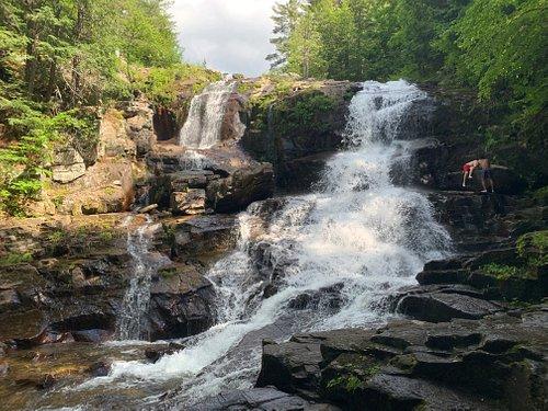 Shelving Rock Falls