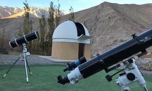 Contamos también con telescopios de menor tamaño para la observación directa de los visitantes.