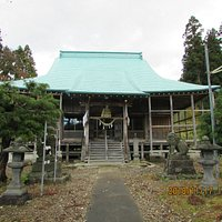 拝殿(旧毘沙門堂)