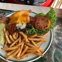 Sequoia Burger - with bacon and grilled onions