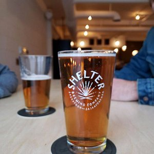 7 Beers on tap: 3 flagships (Neipa, Saison, Brown Ale) 4 rotating taps and a cider (gluten free option)