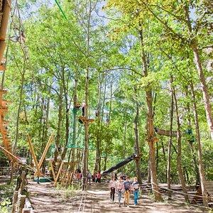 Parc d'attraction, parc aventure et base de loisirs dans la serre chevalier vallée à Briancon dans les hautes alpes en région PACA