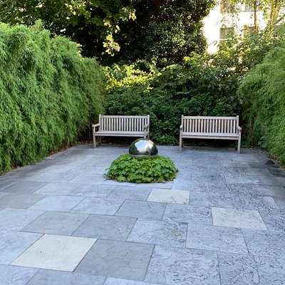 Nice garden as well!