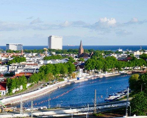 運河(オールドリバー)沿いに伸びる通り。突き当たりはバルト海。