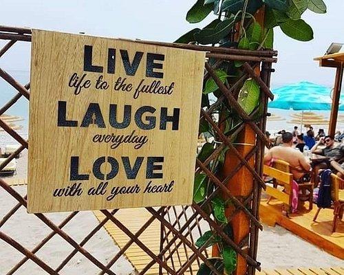 Vammos Beach Bar