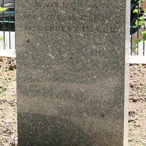 Stéle à la mémoire de Georges Lamarque