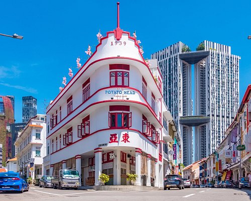 """SINGAPORE STREET SHOTS Chinatowns incredible Architecture """"SHOP HOUSES"""""""