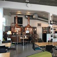 Die Braueinrichtung im Cafe