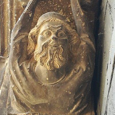 Portada de la Iglesia del Santo Sepulcro.