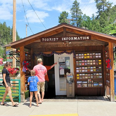 Stop in for friendly advice on things to do, places to eat, and more.