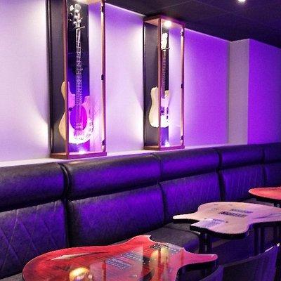 Au Bar Rock Café à Dinard