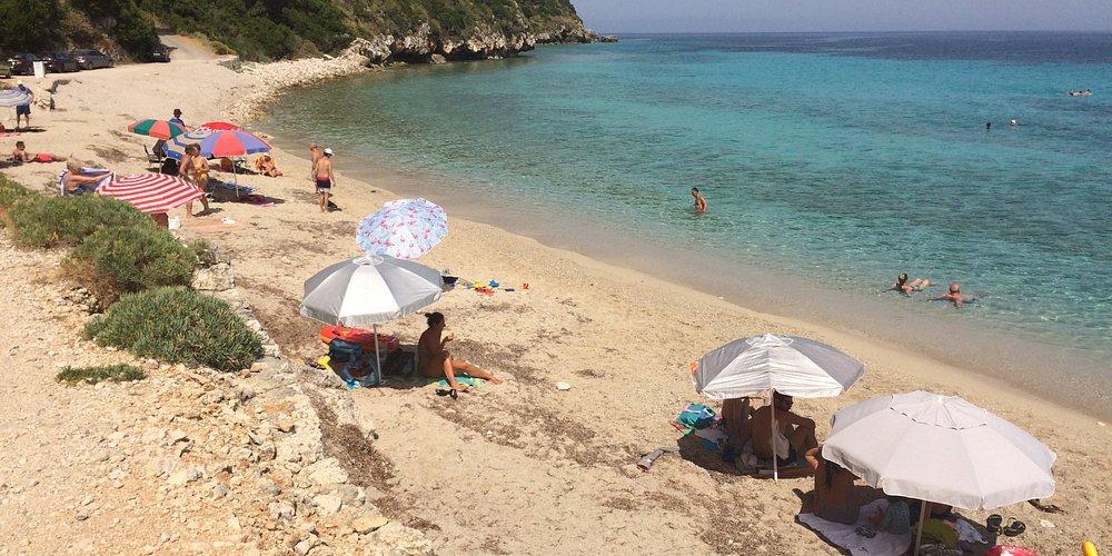 Spiaggia di Kaminia paese Tsoukulades nell'isola di Lefkada (Grecia)