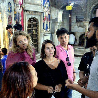 PINK CITY WALKING TOUR.   Get introduced to Hinduism at a 300 years old Shiva temple  https://nomadictoursindia.com