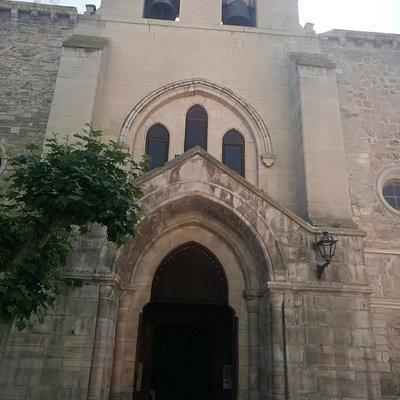 Exterior de la Iglesia de Santa María.
