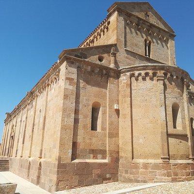 Ancienne cathédrale de TRATALIAS .