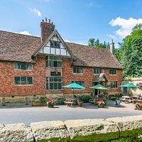 Our beautiful inn dates back to the 15th century, and sits at the heart of the Tudor village of Chiddingstone. You can enjoy sitting out front, watching the world go by, or take a seat in the historic interior, which is cosy and inviting. There is also a sheltered garden at the back.