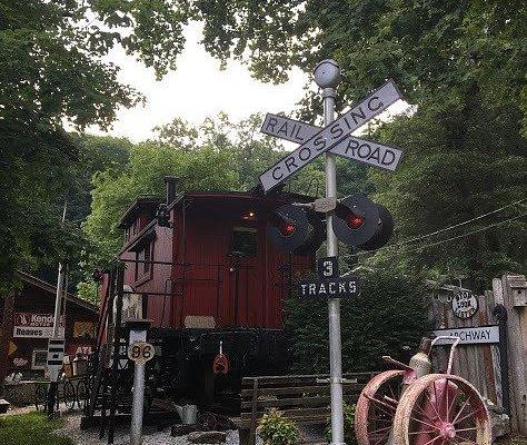 A train lovers  paradise! Definitely a conversation piece - cozy but comfortable!