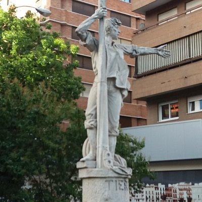 Monumento a Rodrigo de Triana