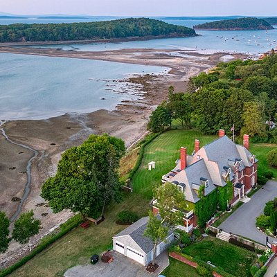 La Rochelle, Bar Harbor Historical Society, from above at low tide with the bar to Bar Island accessible.