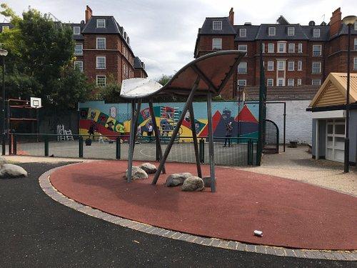 The new mural in Marcus Garvey park
