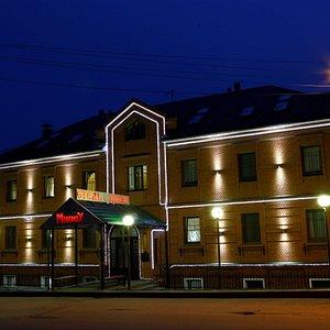 Фасад здания гостиницы