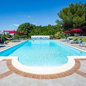 La piscina / The Pool