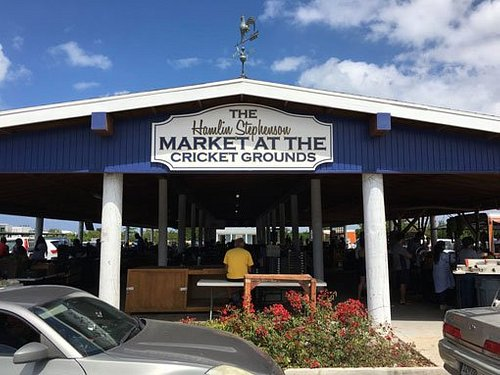 Farmers Market Grand Cayman, Farm Fresh Stall is below the sing