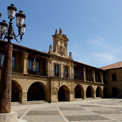 17th century town hall