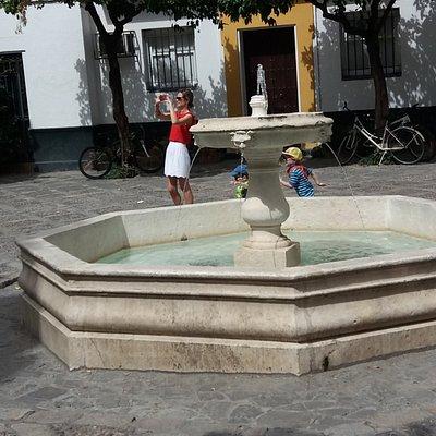 Fuente de la Plaza de la Alianza
