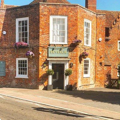 Ye Olde Beverlie Pub