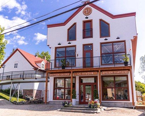 Façade du Vivoir boutique et atelier, entrée des ateliers d'artistes ouverts au public