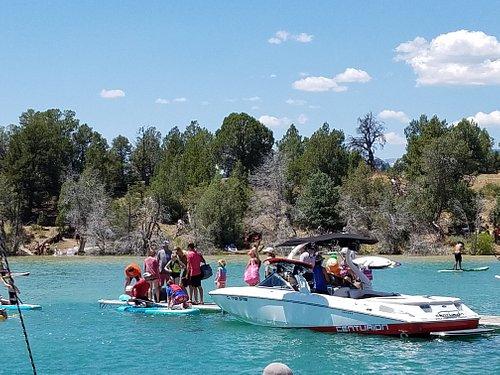 Motor boats by kids = not safe
