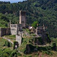 Außenansicht Burg Metternich