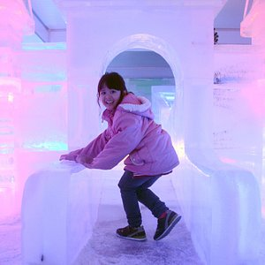 Chill out with us at below 8 degree Celsius winter wonderland.