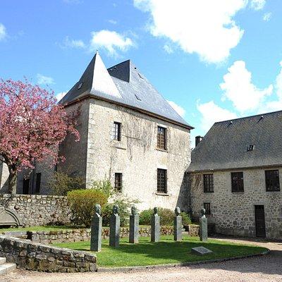 Vue arrière du musée, hôtel particulier du 18e siècle Bonnot de Bay, musée du Pays d'Ussel