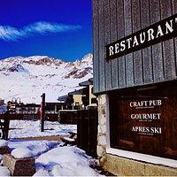 Brasero Bar & Restaurant. Craft Pub, Gourmet food and Apres Ski fun!