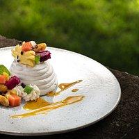 Exotic fruit pavlova