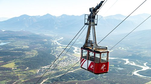 The 7.5 minutes tram ride travels 1005 meters making it the longest guided aerial tram in the Canadian Rockies.