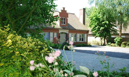 Douce Vie  Guesthouse & Vakantiewoning
