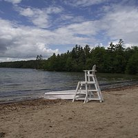 NH - WOLFEBORO - CARRY BEACH - BEACH, LIFEGUARD STATION & RESCUE BOAT